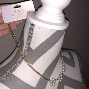 Dainty pearl necklace!